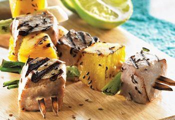 Brochettes de thon et d'ananas