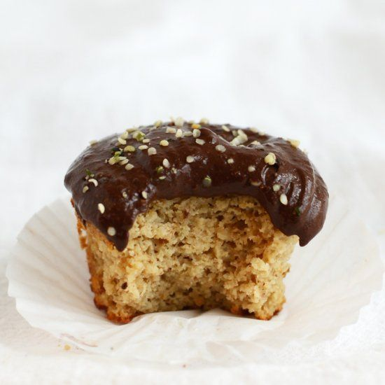 Single Serve Paleo Vanilla Cupcake with Chocolate Protein Frosting- 14 total grams of protein!