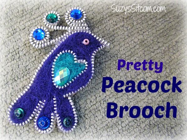 Pretty Peacock Brooch made with a zipper and felt! (Tutorial Included)