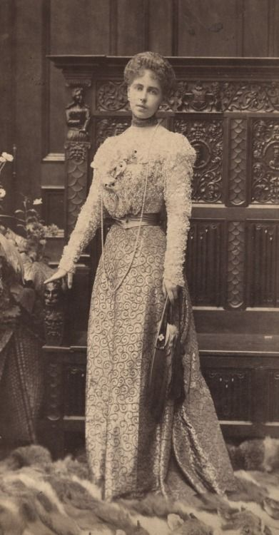 Crown Princess Marie of Romania, 1898