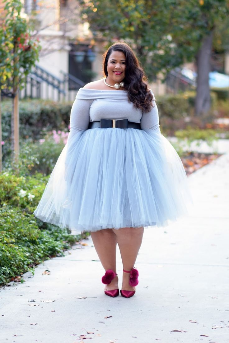 Dressy holiday outfits for chubby women