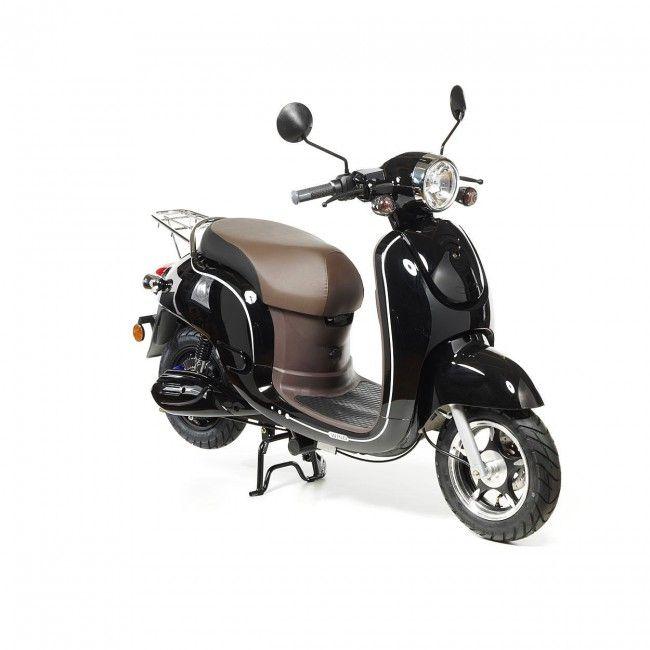 El-moped ger alla möjlighet att köra ljudlöst och miljövänligt. Att köra el-moped brukar resultera i ett stort leende, det är verkligen härligt!