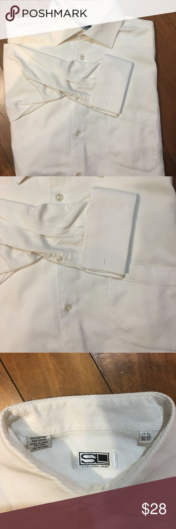 White button down French cuff shirt 17.5/36/37 Steveland white French cuff button down shirt with one pocket preowned excellent condition stevenland Shirts Dress Shirts