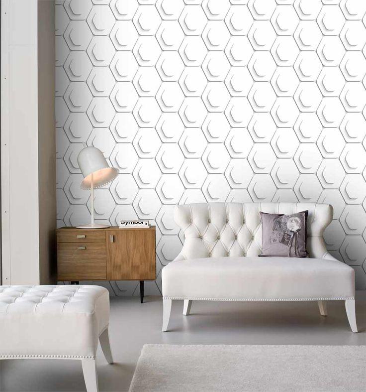 Fräck tapet med geometriskt mönster från kollektionen Kvadrat 17060. Klicka för att se fler inspirerande tapeter för ditt hem!