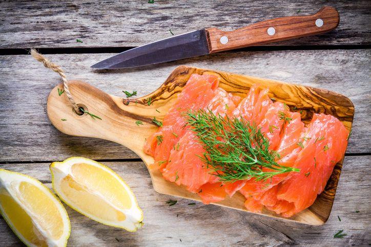 Un mare di idee per marinare il salmone