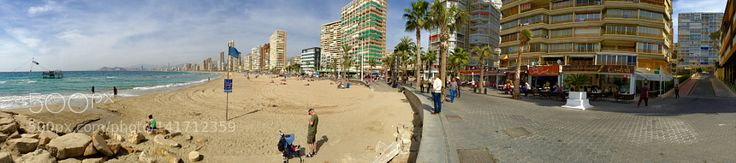 Playa Levante en Benidorm. by resunando #architecture #building #architexture #city #buildings #skyscraper #urban #design #minimal #cities #town #street #art #arts #architecturelovers #abstract #photooftheday #amazing #picoftheday
