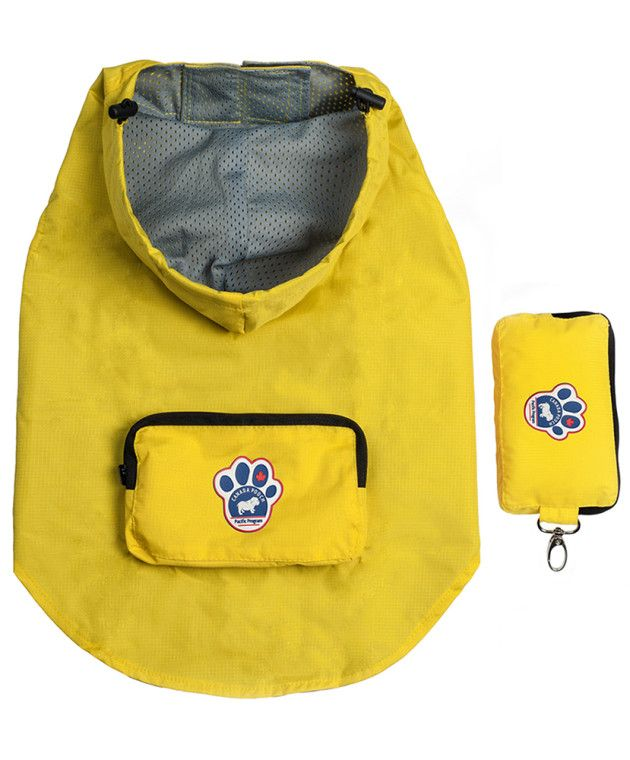 Canada Pooch Pacific Poncho is great for rainy day walks. We carry it in Black and Yellow!