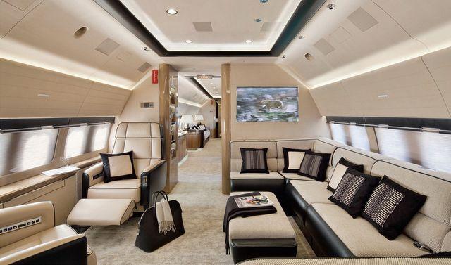 Decor in 737 airplane - Veranda Interiors - by Alberto Pinto