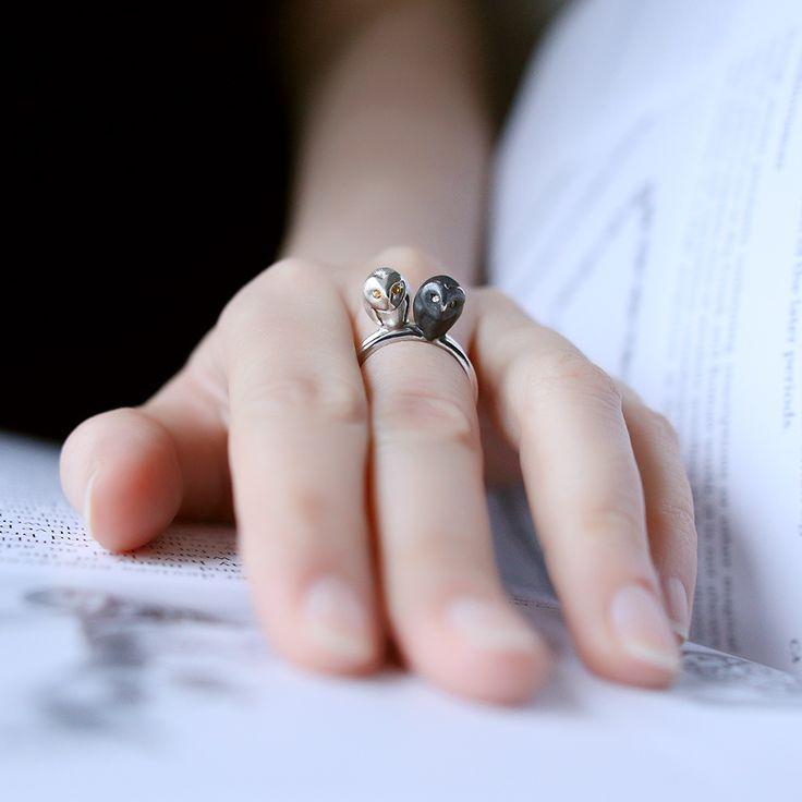Кольца «Сова» из коллекции «Восток». Выполнены из золота 585 пробы или серебра 925 пробы.