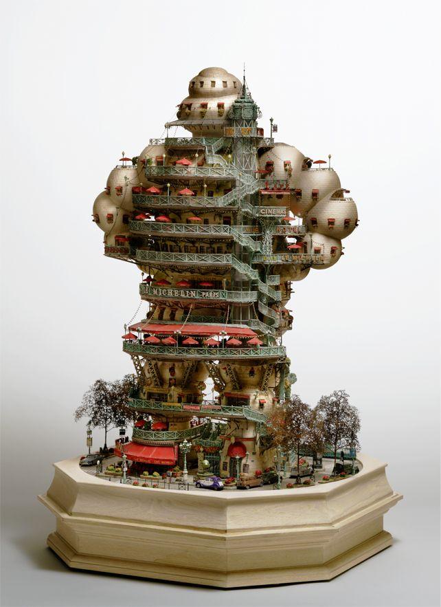 Takanori Aiba crée ces buildings miniatures complexes.