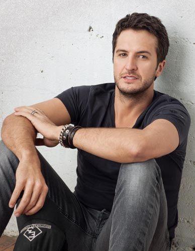 Luke Bryan - Country Music Rocks!  Love me a good looking country boy!!