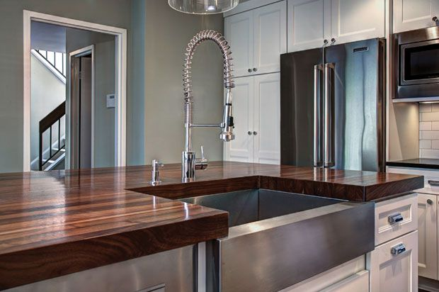 Shown in the edge grain construction style with an eased edge and satin polyurethane wood sealer.