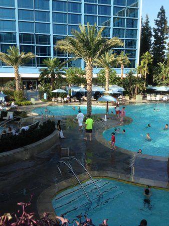 Disneyland Hotel Rooms in California | The Disneyland Hotel pool and Fantasy Tower - Picture of Disneyland ...