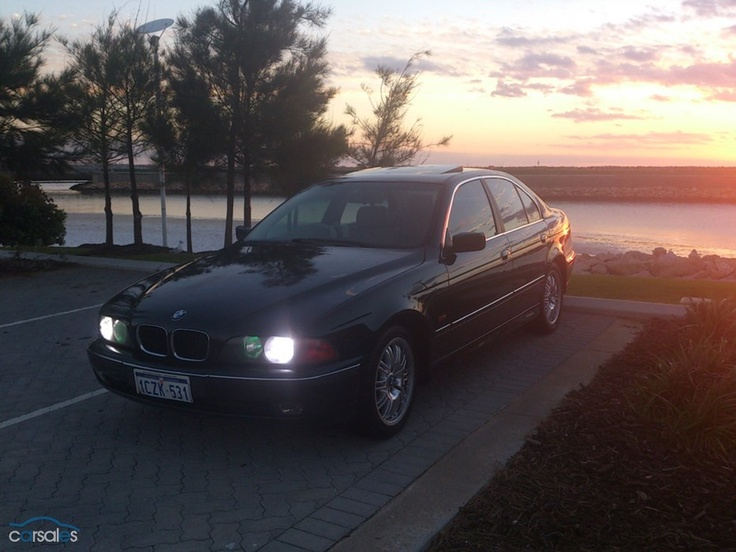 1997 BMW 528i E39.....looks like my old one