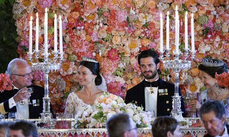 Carlos Felipe y Sofia de Suecia 'coronan' la Boda Real con el banquete nupcial y el 'vals de Sofia'