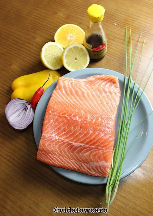 Ceviche low carb, nada fica mais paleo do que isso: peixe fresco recém pescado, temperado e consumido na hora.