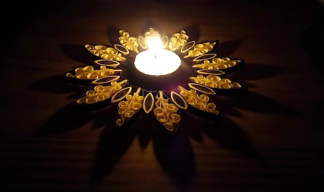 Quilling decoration for candles