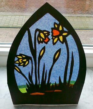 Narcis-transparant. http://www.peterselie.nl/narcis-transparant #spring #transparancy #Waldorf