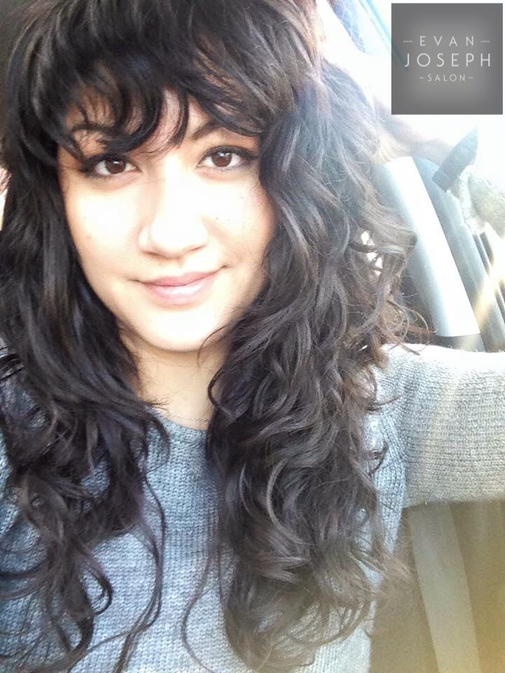 Hairstyles For Naturally Wavy Hair With Bangs Folade