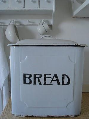 I love #white #enamel #breadtins