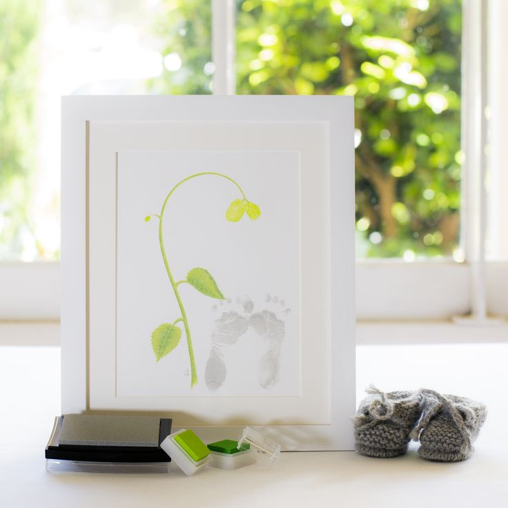 There's really nothing quite so sweet, as tiny little baby feet! Apply your baby's footprint and tiny fingerprint (on the spur of the Seedling) plus the parents fingerprints above, becoming the buds at the tip of the Seedling! Simply devine xoxo