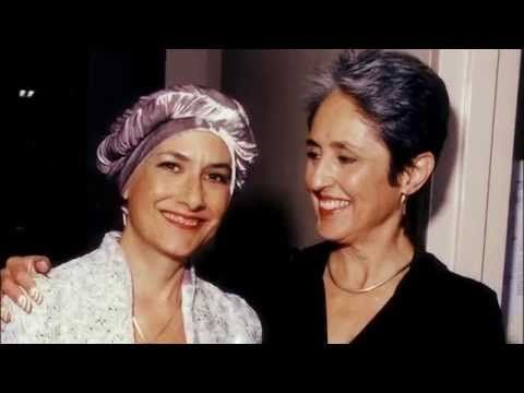 Joan Baez Discusses the Death Of Her Sister Mimi Farina / 2009 - YouTube