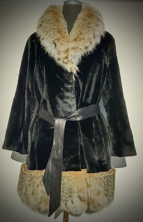 Fur coat/ Real Saga mink with lynx trim/ Black color by ReginaFurs
