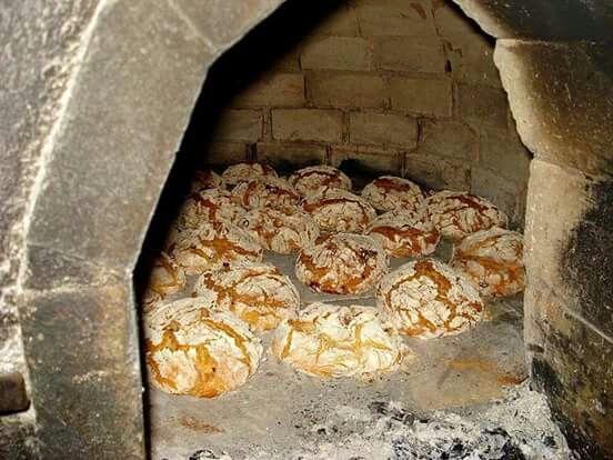 Horno de piedra para cocer el pan galicia espa a - Horno de piedra ...