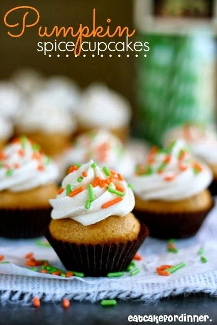 Pumpkin Spice Cupcakes with Whipped Spice Frosting