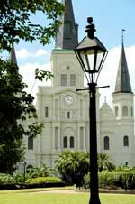 Fifty FREE Things to Do in New Orleans: New Orleans Cathedrals, Favorit Place, Orleans St., Jackson Squares, Nola Things, Street Lanterns, Oldest Church, Louis Cathedrals, St. Louis