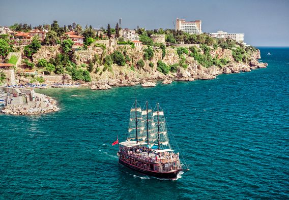 Istanbul Tours i.e. Istanbul Classics, Oriental show, Dinner Cruises, Two Continents, Golden Horn & Bosphorus, Princes' Islands etc http://goo.gl/49y1v4