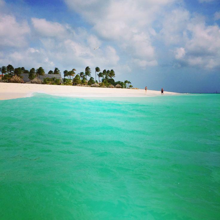 Beautiful Eagle Beach in Aruba