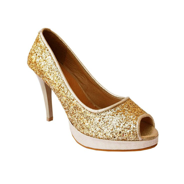 Nothing beats shiny yet chic fashion Buy shiny glitter footwear @ https://goo.gl/f2CR2c Free Delivery | COD Available #glitter #sandals
