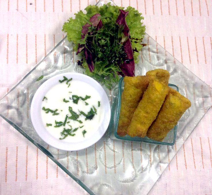 Let's have a little bite before we go to the main course 😍 . www.diningroomcandidasa.com . . . #turkishborreks #Bali #candidasa #restaurantbali #baliculinary #kulinerbali #karangasem #diningroomrestaurant #foodie #traveler #wisatakuliner