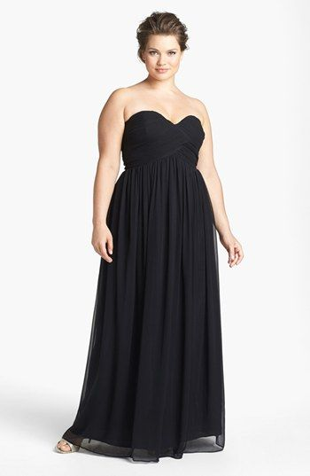{Fashion Friday} Plus Size Bridesmaid Gowns off the Rack | Pretty Pear Bride #ppb #plussize #bride http://prettypearbride.com/fashion-friday-plus-size-bridesmaid-gowns-off-the-rack/