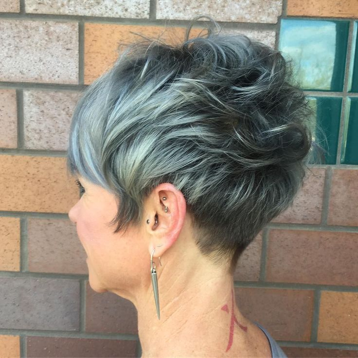 Trendy Messy Frisuren für kurzes Haar, Frauen Short Haircut Ideen