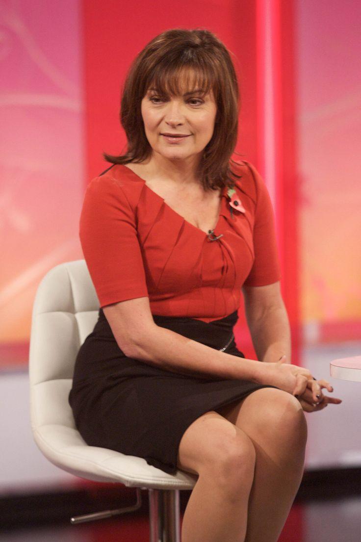 Lorraine Kelly – 'Lorraine' 02.11.11
