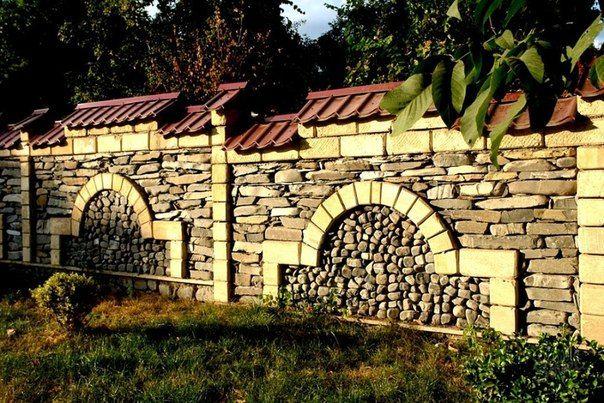 Как сделать каменный забор: технология строительства | Дачный сад и огород