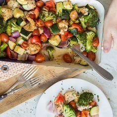 Wenn's mal schnell gehen muss, ist der saftige Mix aus mediterranem Gemüse und zartem Hähnchenbrustfilet genau das Richtige für dich.