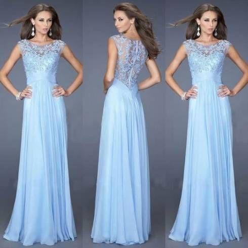 vestido longo azul claro e com renda