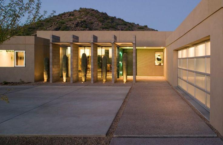 Cacti make a sculptural privacy screen