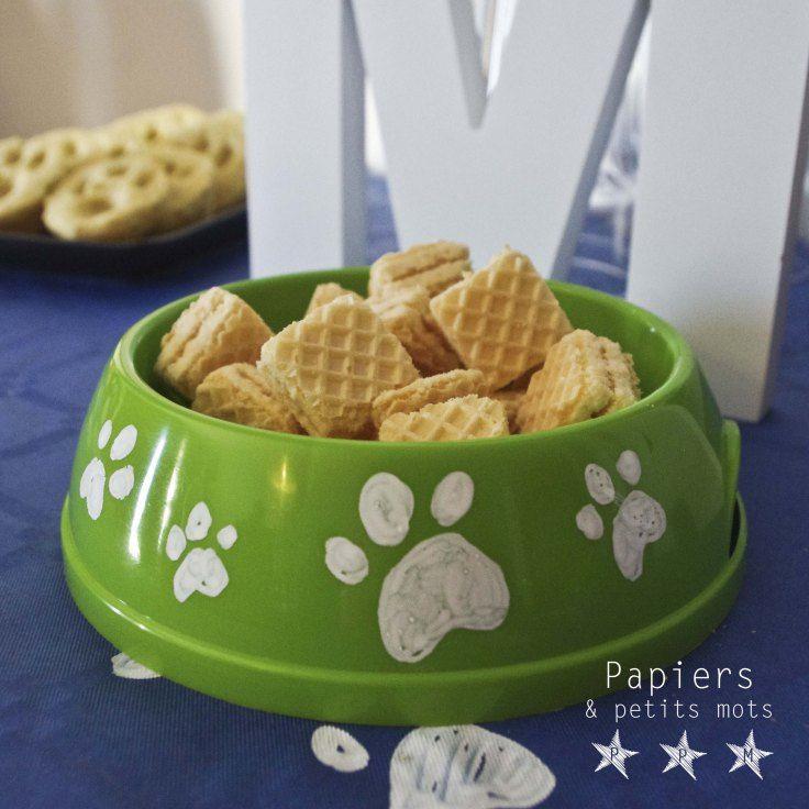 Anniversaire Pat Patrouille / Paw patrol - Biscuits apéritifs en forme de croquettes de chien dans gamelle