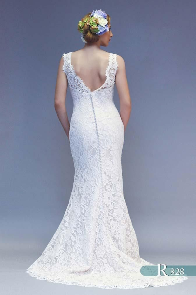 13 best WHITE ROSE BRIDAL images on Pinterest   Short wedding gowns ...
