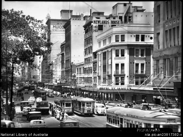 Elizabeth str from St James, Sydney 1950s