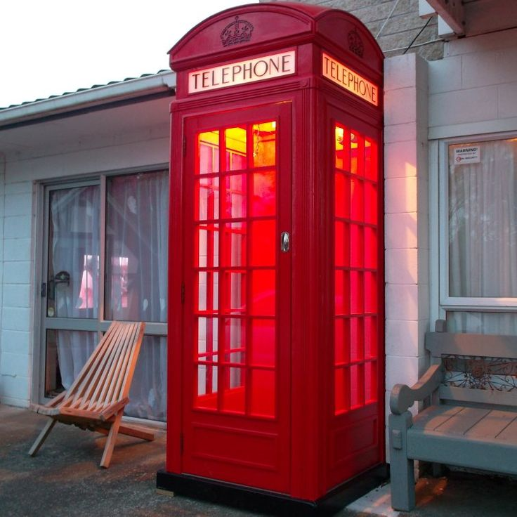 Red telephone box ($5 value plan)