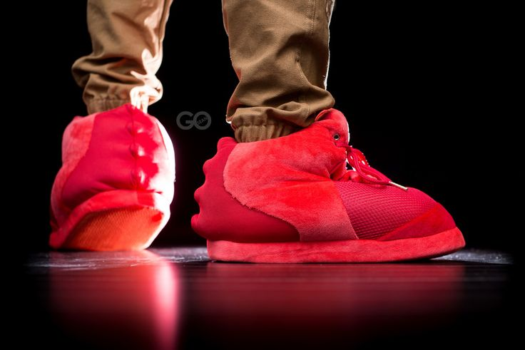 YEEZY 2 RED OCTOBER SLIPPERS