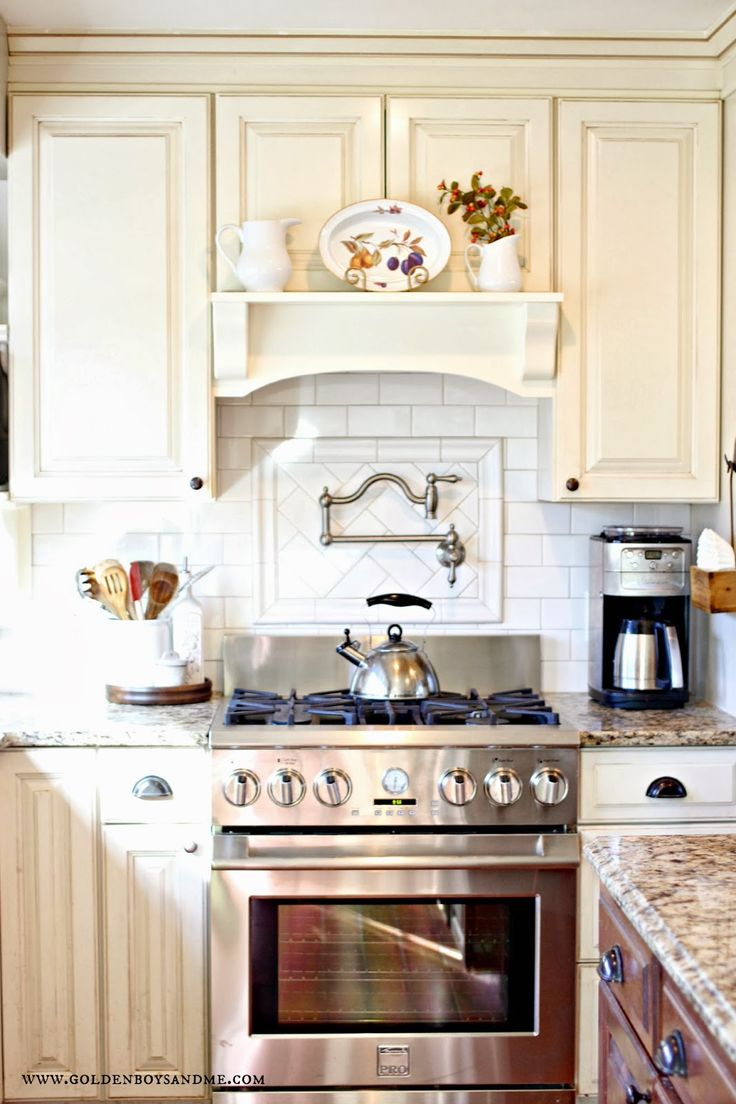 1000 ideas about oven hood on pinterest stone flooring for Kitchen range hood images