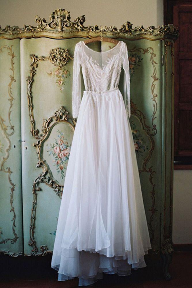 Must Have Wedding Photos In Your Album ❤️ See more: http://www.weddingforward.com/wedding-photos-album/ #weddings