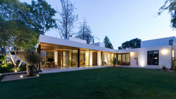 Modern family home in Mexico #architecture #house #design