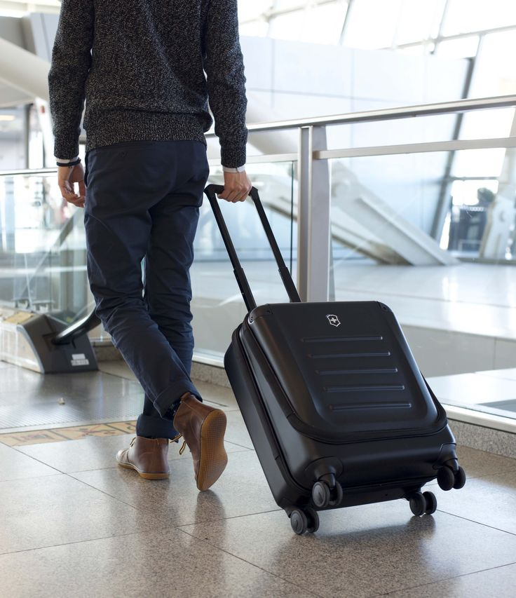Victorinox Spectra Carry-On Luggage Review